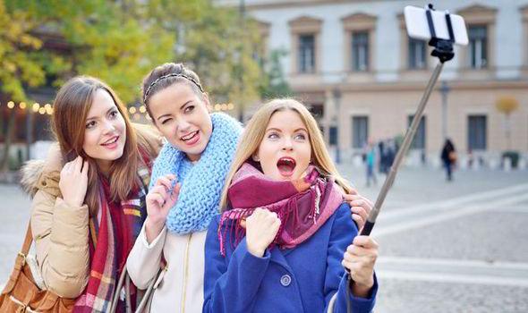 selfie-stick-539498